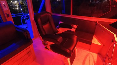 FlyBridge Helm Chair