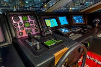 97-2008-Ferretti-Yachts-Custom-Line-13