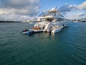 97-2008-Ferretti-Yachts-Custom-Line-05