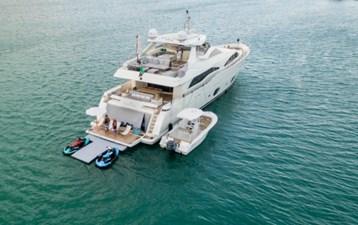 97-2008-Ferretti-Yachts-Custom-Line-04