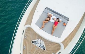 97-2008-Ferretti-Yachts-Custom-Line-06