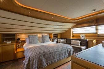 97-2008-Ferretti-Yachts-Custom-Line-40