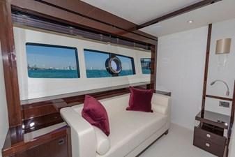95-2018-Sunseeker-Yacht-13