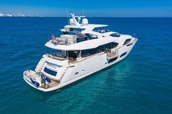 95-2018-Sunseeker-Yacht-04