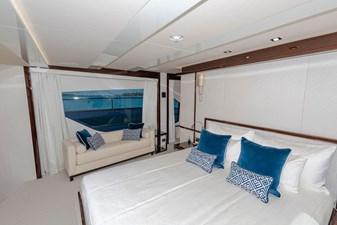 95-2018-Sunseeker-Yacht-33