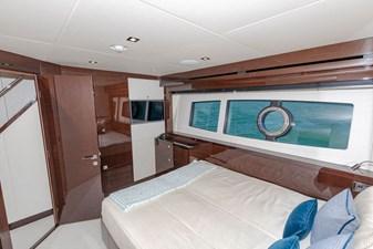 95-2018-Sunseeker-Yacht-23