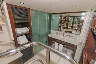 95-2018-Sunseeker-Yacht-37