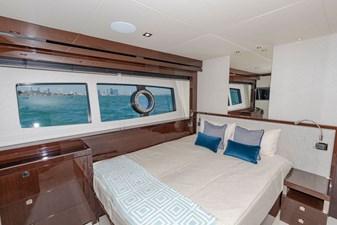 95-2018-Sunseeker-Yacht-22