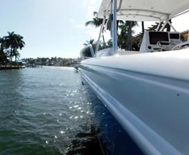 2002 34' Intrepid 7 2002 34' Intrepid 2002 INTREPID POWERBOATS INC. 348 Walkaround Boats Yacht MLS #260708 7