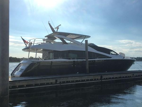86-2017-Sunseeker-Yacht-02