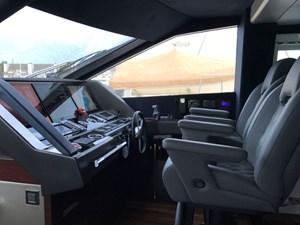 86-2017-Sunseeker-Yacht-14