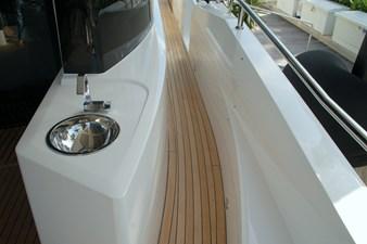 86-2018-Sunseeker-Yacht-07