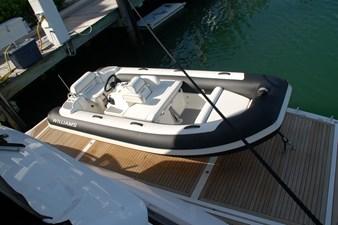 86-2018-Sunseeker-Yacht-09