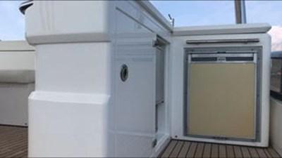 80-2012-Sunseeker-Yacht-13
