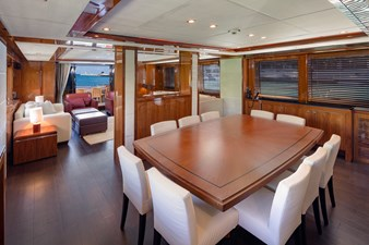 2010 Sunseeker 34m  @ Aventura FL 6 2010 Sunseeker 34m  @ Aventura FL 2010 SUNSEEKER 34 M Motor Yacht Yacht MLS #260922 6