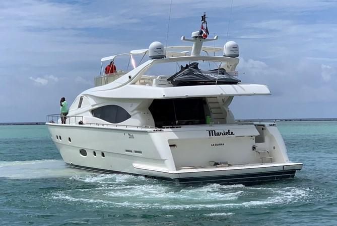 76-2003-Ferretti-Yachts-02