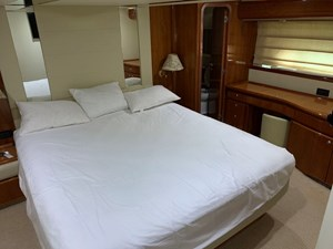76-2003-Ferretti-Yachts-13