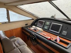 76-2003-Ferretti-Yachts-05