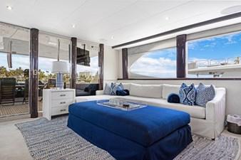 BELLA GIORNATA 7 BELLA GIORNATA 94' Lazzara 2000/2018 Flybridge Motor Yacht: Main Salon