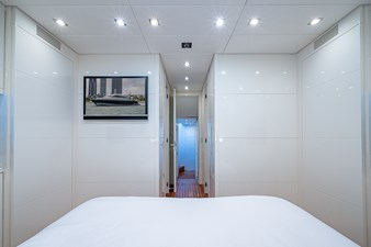Friday_Forward Stateroom3