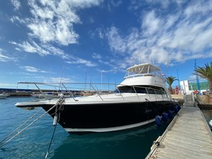 Riviera 47 Fly Yacht For Sale58