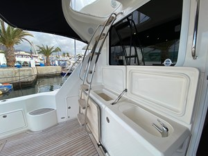 Riviera 47 Fly Yacht For Sale59