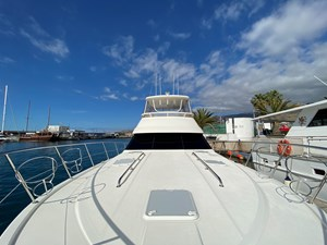 Riviera 47 Fly Yacht For Sale46
