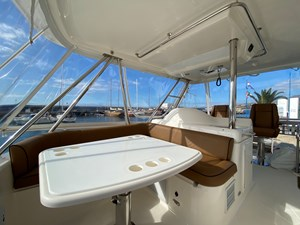 Riviera 47 Fly Yacht For Sale51