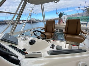 Riviera 47 Fly Yacht For Sale11