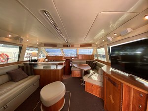 Riviera 47 Fly Yacht For Sale36