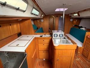 WHITE GOLD 2 WHITE GOLD 1990 J BOATS  Cruising/Racing Sailboat Yacht MLS #261209 2