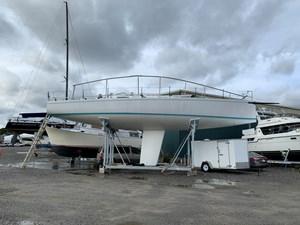 WHITE GOLD 1 WHITE GOLD 1990 J BOATS  Cruising/Racing Sailboat Yacht MLS #261209 1