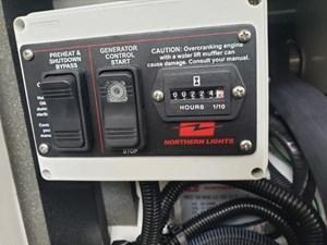 Zuzubem 10 42-2002-Maxum-4200-SCR-11