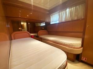 Gran Finale II 34 (317)Falcon-86-Motor-Yacht-Guest-Cabin-2