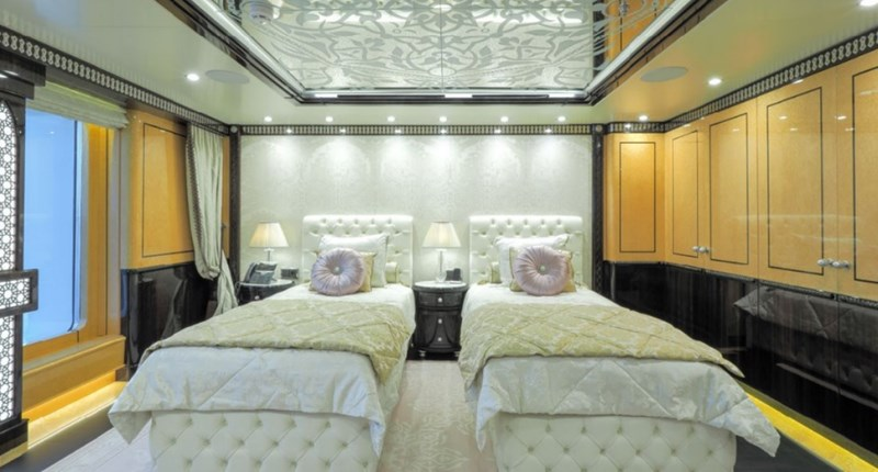 ELEMENTS yacht for sale