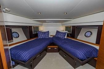 fwd VIP split berths