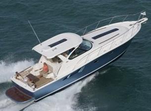 39-2017-Tiara-Motor-Yacht-01