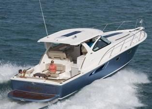 39-2017-Tiara-Motor-Yacht-03
