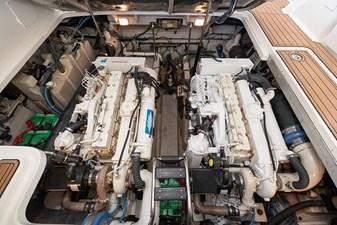 WAKE PERMIT 33 Engines