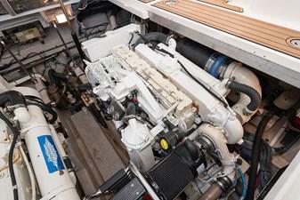 WAKE PERMIT 35 Engine 2