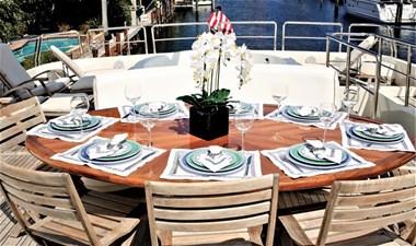 Carobelle 6 Carobelle 2000 AZIMUT YACHTS Jumbo Motor Yacht Yacht MLS #261377 6