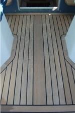 38 2011 Protector Turanga 38 42 43
