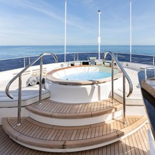 Sun Deck Jacuzzi - EXODUS Sunseeker 131 for sale