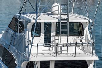 Fan Tail 33 2008-hatteras-77-enclosed-bridge-sportfisher-fan-tail-38_49271259438_o