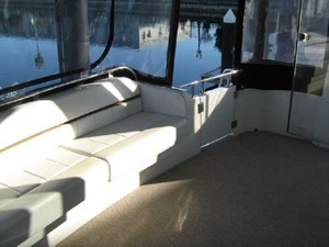 aft settee from starboard