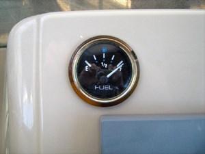 port fuel gauge