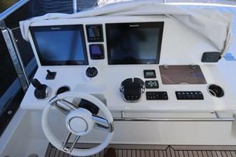 68-2017-Prestige-Motoryacht-28