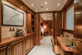 Master Stateroom Entryway