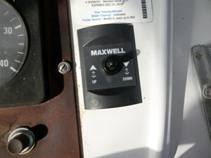 32 Maxwell Windlass Controls