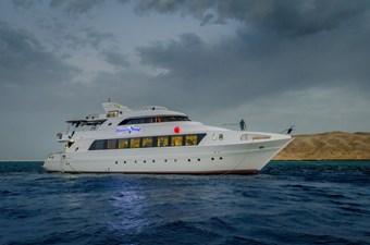 HHI 1 HHI 2015 CUSTOM  Motor Yacht Yacht MLS #261724 1